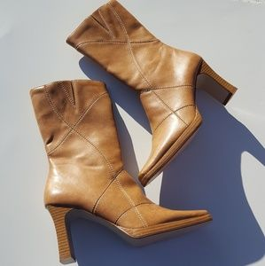 Predictions | Tan Heeled Boots size 7 Faux Leather